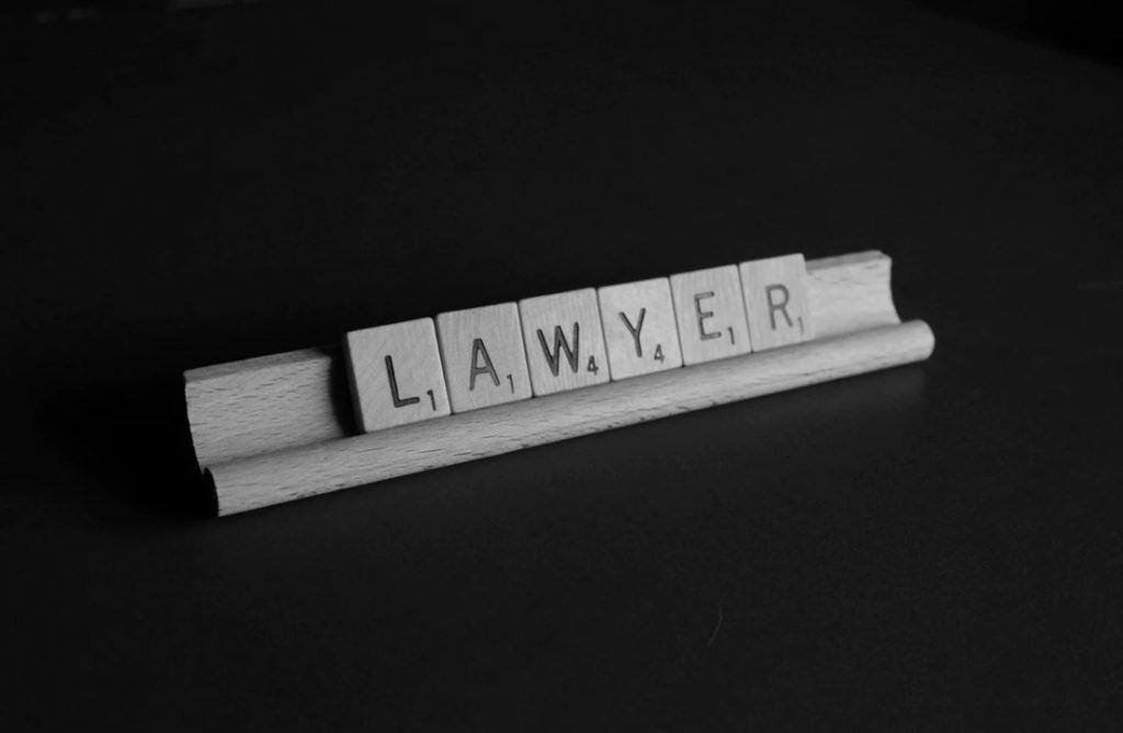 Študium komerčného práva na ÚPPV